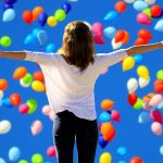 lady with baloons